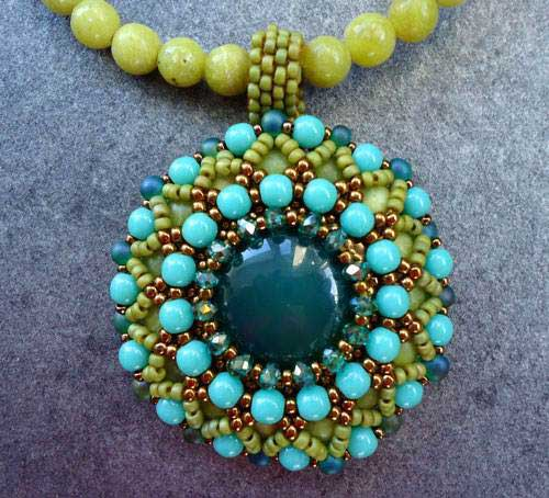 Beading Tutorial Agape Pendant by Ellad2