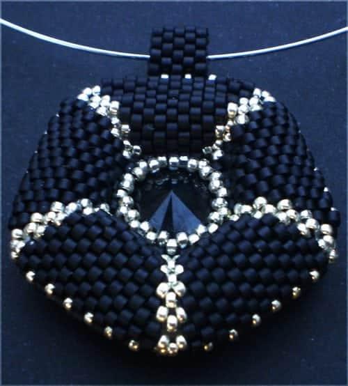 beaded pentagon pendant beading tutorials and patterns