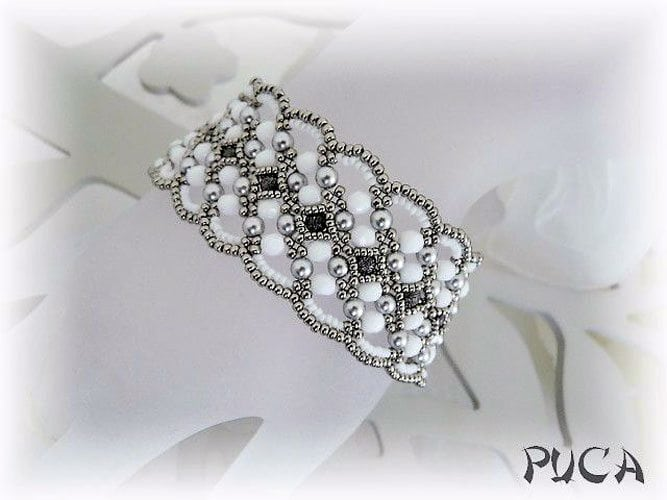 Maroon-Bracelet-beaded-by-Puca- pure inspiration