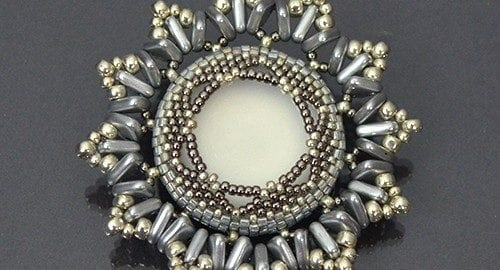 Beading-tutorial-Anais Brooch