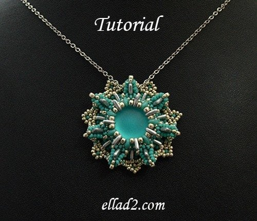 Beading pattern Vella Pendant with two-hole triangle beads